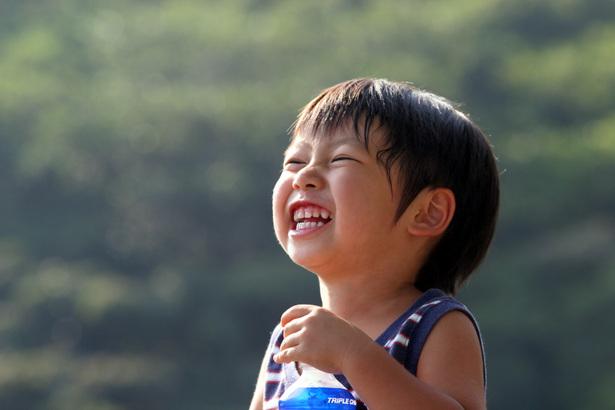 笑う子ども
